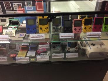 Col·lecció de tots els models de consola GameBoy